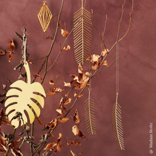 madamstoltz_araucaria-leaf01